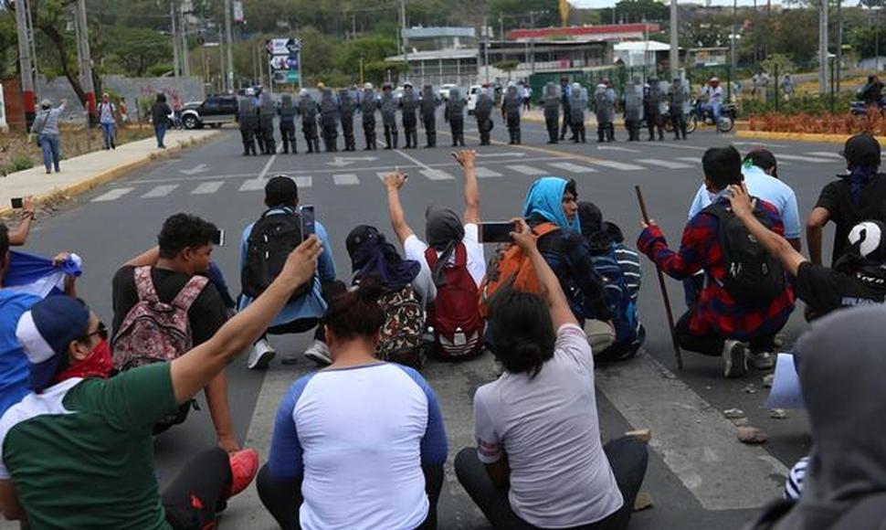 Estudiantes-Nicaragua 1