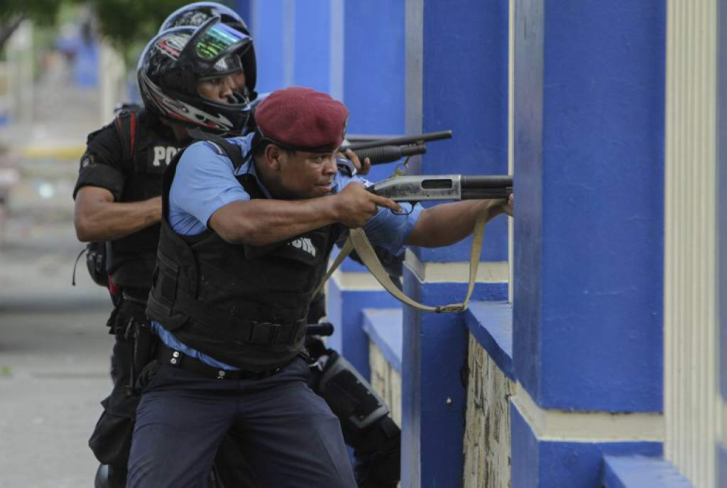 Represion policial Nicaragua 2.jpg